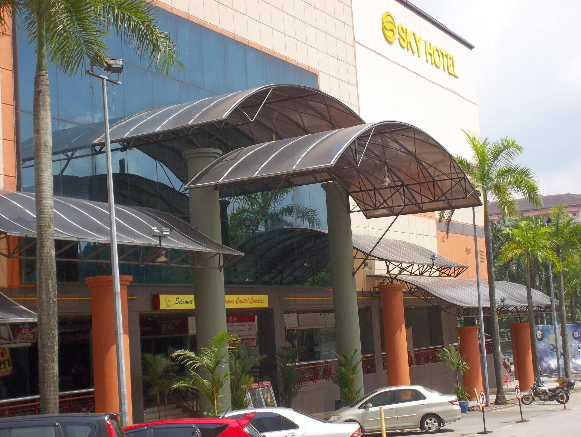 SELAYANG CAPITOL (Sky Hotel @ Selayang), SELAYANG CAPITOL , Lebuhraya Selayang - Kepong , , 68100 Batu Caves, Selangor, Batu Caves, Selangor, 68100, Malaysia
